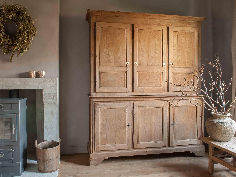 Oude Houten Kast : Oude houten kasten wij hebben altijd oude houten kasten op voorraad